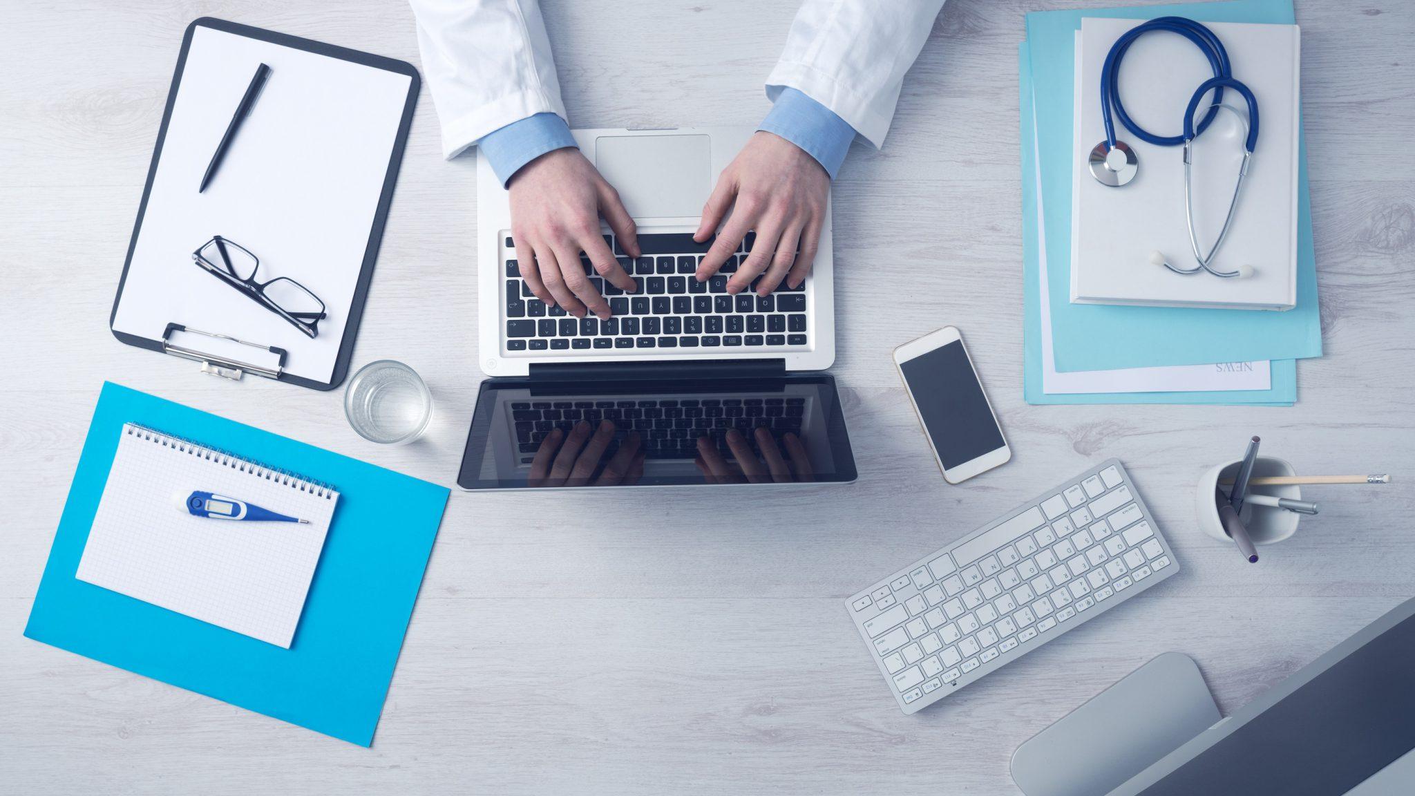 laptop-medicalequipment
